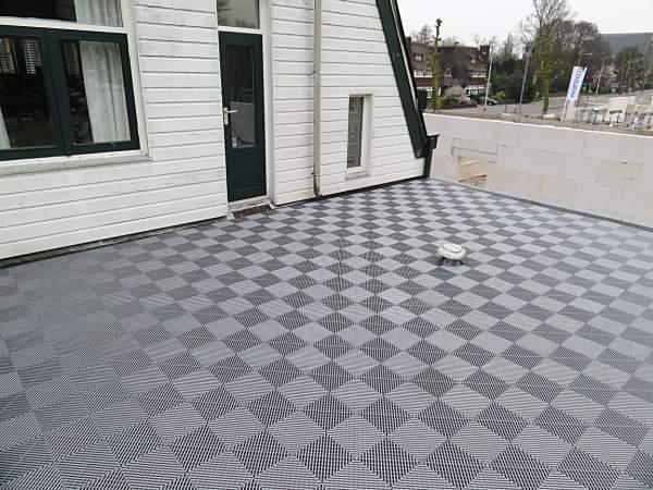 Mooie nieuwe balkonvloer