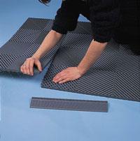 Installeren vloertegels